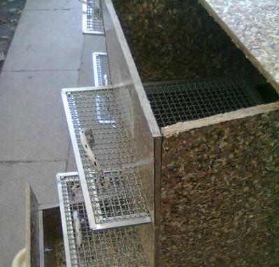 """Compostera en material reciclado """"T - Plak"""""""