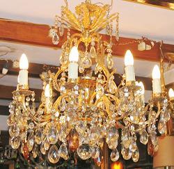 Comprar Araña francesa 9 luces- 108 caireles - baño de oro