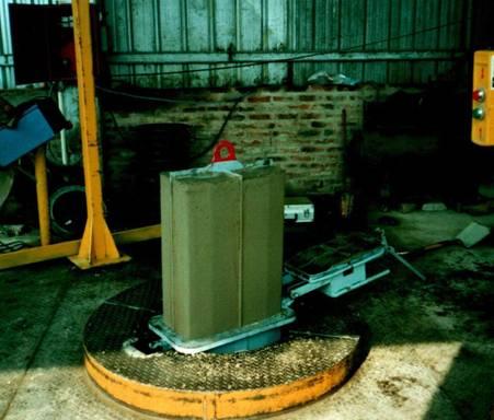 Comprar Maquina Moldeadora Rauzi VCR para Fabricar Cordones y Tubos de Concreto