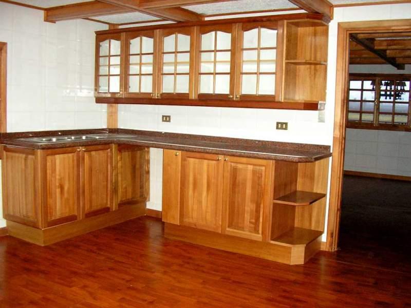 muebles de cocina de madera en su totalidad