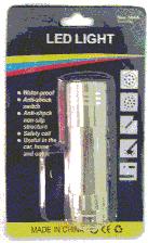 Comprar Linterna con 9 LEDS