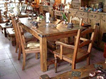 Mesa de comedor de madera comprar en San Martin de los Andes