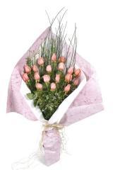 Ramo de 18 rosas rosadas