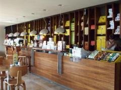 Furniture for public catering establishments