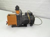 Spiral vacuum pump
