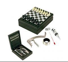 Set para vino con juego de ajedrez