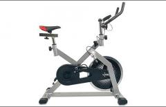 Bicicleta de gimnacio spinning