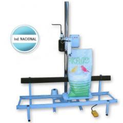 Máquina para costura de bolsas llenas