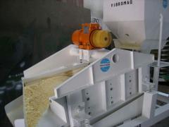 Zarandas Vibratorias con Motovibrador  (Screens) Para clasificación de sólidos
