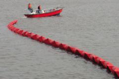 Barreras de Contención Flotantes