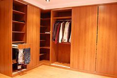 Sliding built-in wardrobes