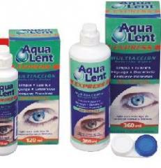 Solución para la limpieza de lentes de contacto