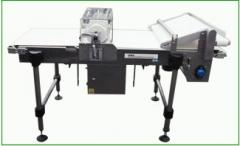 Conveyors for dough