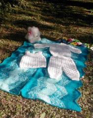 Este conjunto está realizado en lana Batik