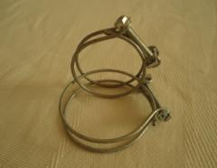 Abrazaderas de alambre