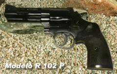 Pistola modelo 01