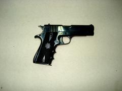 Pistola modelo 03