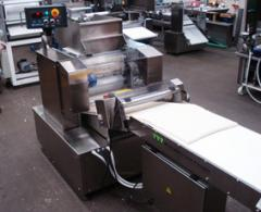 Equipment for the production of baked articles,