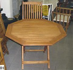 Mesa de madera para jardin. Silla de madera para