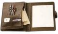 Carpeta con rabillos y broches