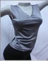 Remera Cuello V tela brillosa