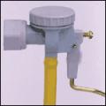Válvulas silenciosas para depósitos de embutir