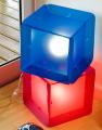 Lámpara incube modelo mesa