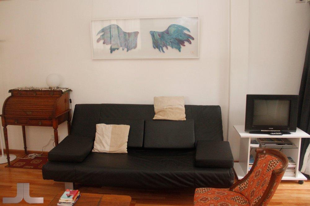 Pedido Apartamento en Recoleta, Pueyrredon y Peña